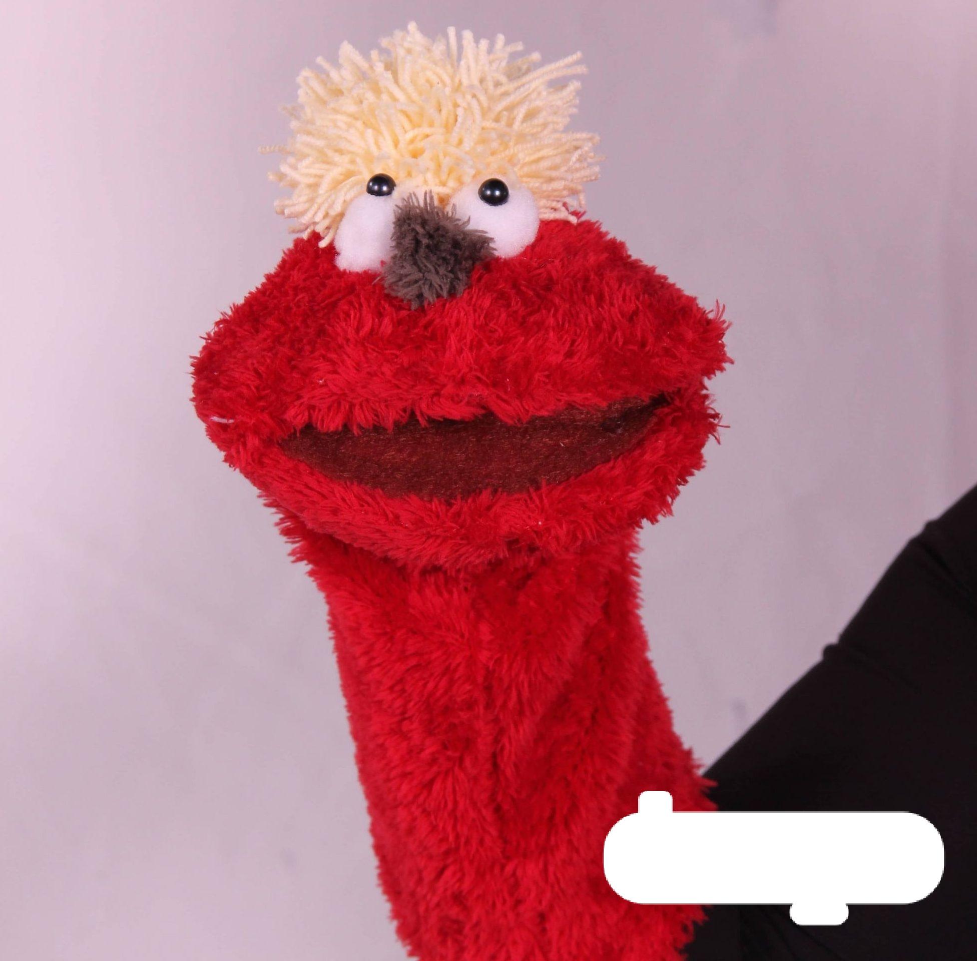 عروسک دستکشی خنگول قرمز
