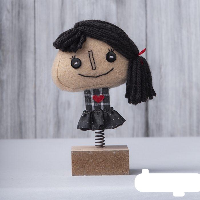 عروسک فنری روز عشق ، دختر مو مشکی